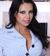 pinksmilfs karups-ow eva-salizar-busty-latin-milf-after-work 5596