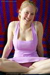 http://www.pinkseeker.com/aw/rosanna10.html