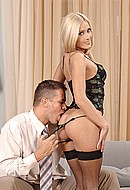 http://www.pornstarsgirlsex.com/galleries/jan2006/lis_hot_anal_sex/index15.html
