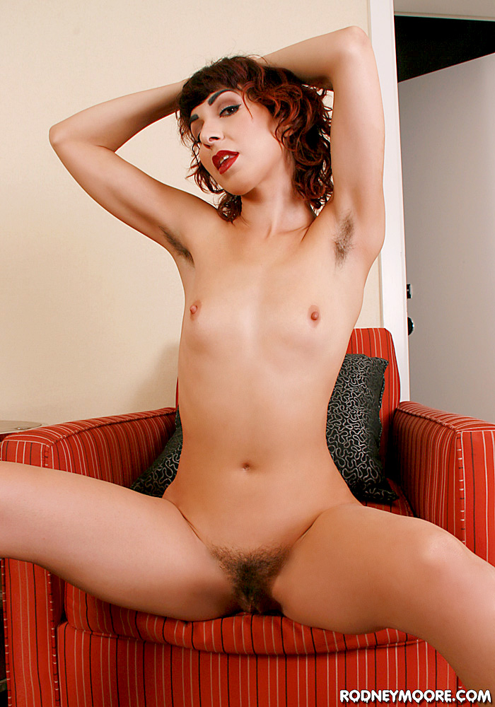 rodneymoore hornyhairygirls hairygirls2009 kittymcmuffin-solo kittymcmuffin-solo_3 jpg