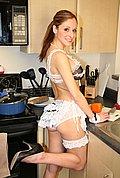 http://www.sharingparis.com/galleries/071107-kitchenstrip_cupcake/index.php?ID=911297