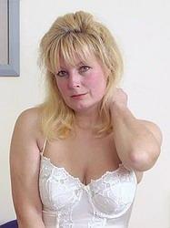 http://www.smutfun.com/model1093HD/older.htm
