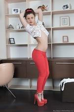 wearehairyfree models Dea_Ishtar Dea_Ishtar_strips_and_shows_off_hairy_body