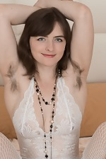 wearehairyfree models Snow Snow_lays_in_bed_to_strip_and_masturbate