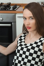 wearehairyfree models Rose_Nore Rose_Nore_takes_off_dress_and_strips_in_kitchen