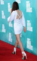 her-calves-muscle-legs search label Jessica%20Biel%20calves