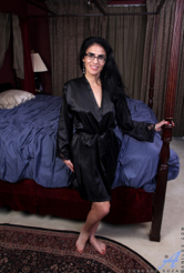 http://6mature9.com/galleries/anilos/7W6RScNd/
