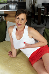 http://6mature9.com/galleries/ow/Dh6BeF0P/
