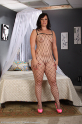 6mature9 galleries ower30 FA7yXyVY