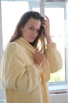 fhg eroticbeauty 2018-02-27 PRESENTING_MONNA_DARK