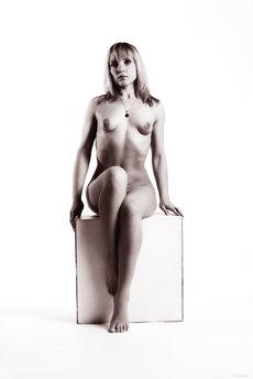 fhg eroticbeauty 2013-03-20 PRESENTING_VICTORIA_C