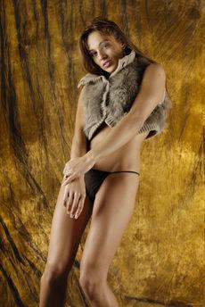 fhg eroticbeauty 2015-03-31 COW_HIDE_BEAUTY_2