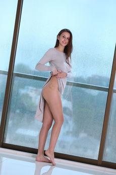fhg eroticbeauty 2018-08-28 PRESENTING_ALISA_AMORE